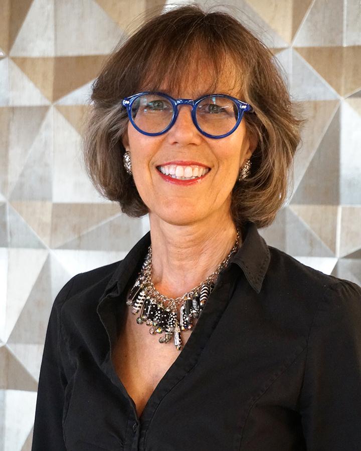 Lyn Falk
